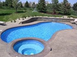 How to conserve water in your swimming pool