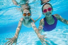 What does it cost to maintain a swimming pool?